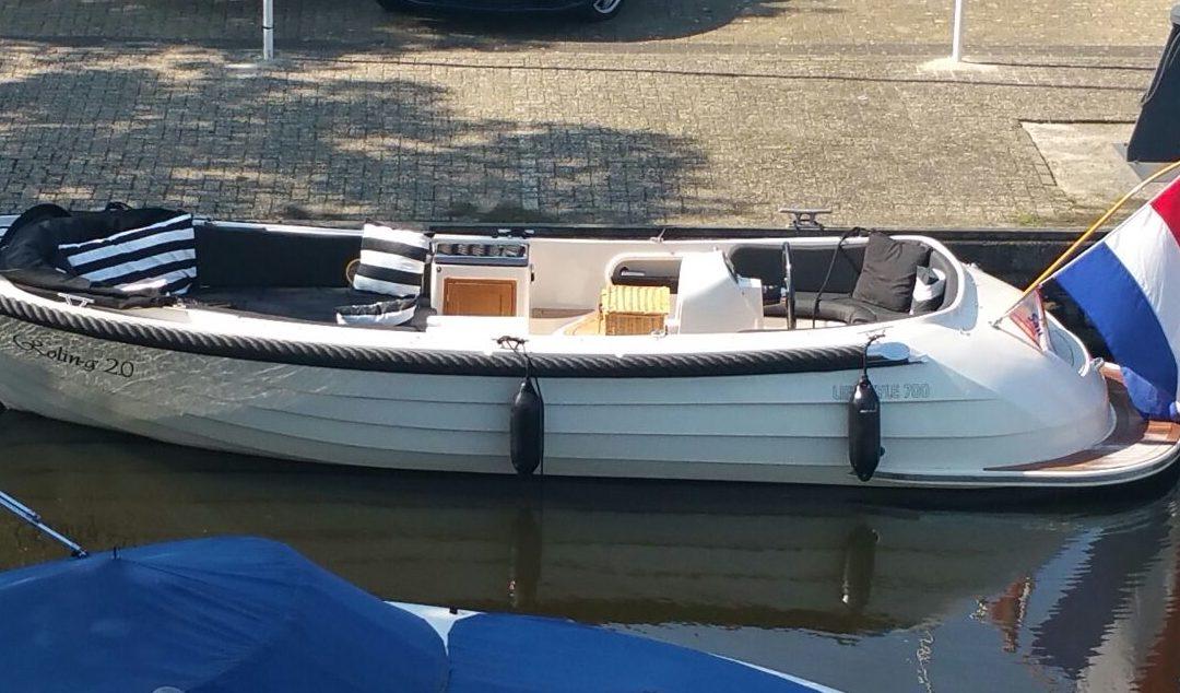 Sloep cruise Giethoorn